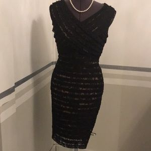 Adrianna Papell figure flattering Black Lace size6